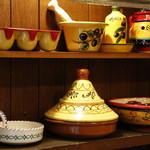 キッチン&バル コンパス - スペイン陶器の食器