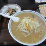 中華そば かっちゃん - 料理写真:みそタンメン+ミニチャーシュー丼 850円