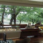 六花亭 - 店内からの眺め