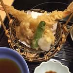 吉祥 - 天ぷら、松茸もありましたが気付かないほど小さい