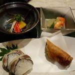 さらの木 - (2016/9月夕食)さんまの棒寿司、イサキとバジルの春巻き