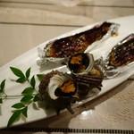 さらの木 - (2016/9月夕食)サザエの壺焼き、翡翠ナスの八丁味噌焼き