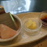 さらの木 - (2016/9月朝食)バターと塩