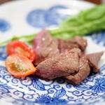 あそび割烹 さん葉か - 料理写真:長崎対馬 鹿ロースの陶板焼き