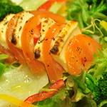 和食処 八十八夜 - トマトとチーズの焼サラダ