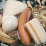 おでん新松戸 - 料理写真:2016.10 おでん(大根、玉子、モチキン、ツブ貝、ちくわぶ、フランクフルト、はんぺん)