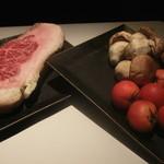 57380973 - 本日の使用食在(熟成肉&ボルチーニ茸)