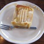mi cafe - りんごのケーキ
