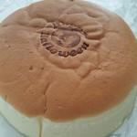 フルーツケーキファクトリー - スウィートチーズケーキ(金曜日) 490円
