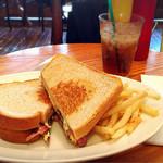 57400602 - ☆卵とベーコンのサンドウィッチ☆