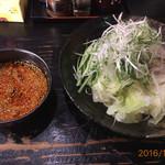 ばくだん屋 - 料理写真:ばくだんつけ麺
