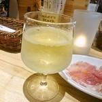 イタリアン&バール アルバータ - ワインと生ハム