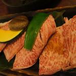 焼肉やすもり - 料理写真:和牛ランチ 雅みやび 2090円の特選ロースと特選カルビ