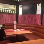 銀座洋食 三笠會館 - テーブル席