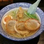 57421336 - 塩チャーシュー麺にて