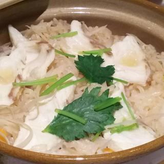 松山に来たら食べておきたい吉の「土鍋鯛めし」