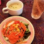 タージマハルエベレスト - サラダ、たまごスープ、ジンジャーエール❤︎