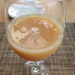 ラ・ソラシド フードリレーションレストラン - 100%ももジュース