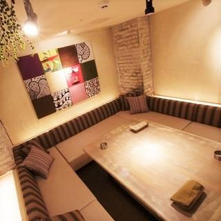 【店内空間】最大12名様までの完全個室完備!