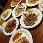林香園 - 料理写真:おつまみ色々選べます。