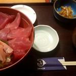日本海庄や - マグロ切落ち丼