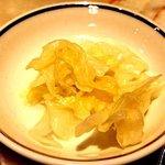 サンマルコ - サンマルコ 東京高島屋店 @日本橋 最初に出されるキャベツの酢漬け
