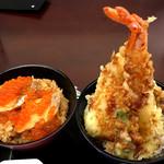 あら浜 - 「三味小丼」のはらこ飯と天丼のアップ