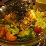 居酒屋 おいちょ - 料理写真:桜海老と豆腐の和風チョレギサラダ