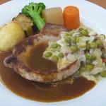 とれたて野菜 キッチン加賀田 - 三元豚のポークソテー 2色ソース