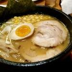 57447411 - 具だくさん淡麗味噌麺