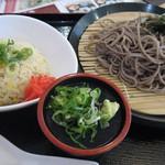 食事処 旬菜庵 - 料理写真:ざるそばとチャーハン小