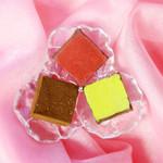 57449933 - アリバ70%の生チョコ/栗の生チョコ/赤ワインの生チョコ