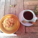 カフェ グローブ - 2016年9月:季節のマフィンセット(\950)