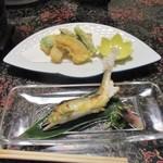 湯ヶ島温泉 湯本館 - 鮎の塩焼きと天ぷら