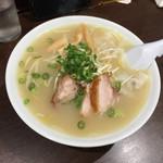 珍来軒 - ワンタン麺 (小)  ¥700