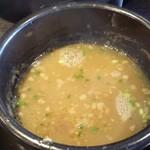 麺喰 - 魚介スープ(うるめいわし節)でスープ割り