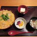 57457022 - 親子丼 980円