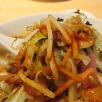 元祖 名島亭 - 辛味ダレがかかったシャッキリ炒め野菜。