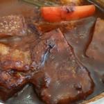 57459968 - 煮込み牛肉のオーブン焼きカレー