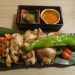 名古屋コーチン×完全個室居酒屋 とり政 - 熟成鶏の黒胡椒焼き