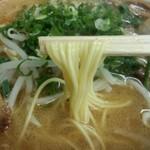 57461719 - 細めのストレート麺