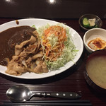 ひやけ - 生姜焼きカレー ¥800