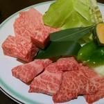 丸明 - A-5飛騨牛焼肉大皿 200g