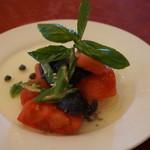 57467382 - トマトと茄子のサラダ