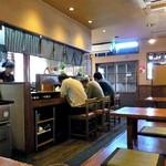 麺屋 一本気 - カウンター席 & 小上がり座卓席(2016年10月)