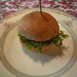 菜の詩 - 4回目:アミューズの自家製パテ、ハンバーグ風