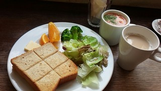 ポーズ - スーププレート