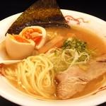 志奈そば 田なか - フジキン光来の平打ち細ストレート麺・味玉