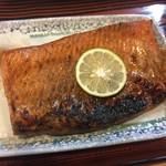 57480664 - 鮭のハラス焼きです。
