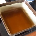 香の川製麺 - 温かい出汁も少し貰って